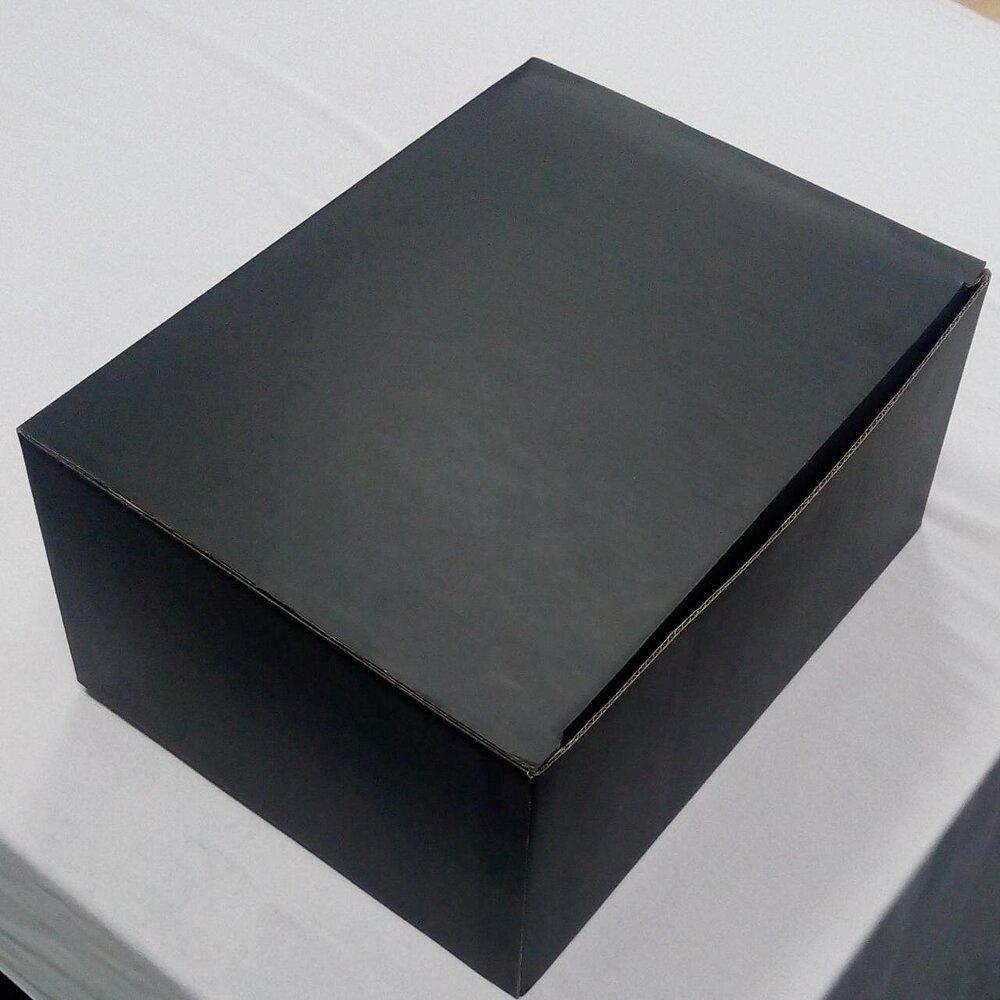 Embalagem modelo caixa de papelão - 30x23x13